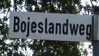 a_Bojeslandweg_Strassennamenschild_Internet