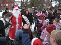 a_Weihnachtsmann_und_Burgfraulein